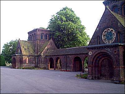 Two symmetrical Chapels at Hartshill Cemetery