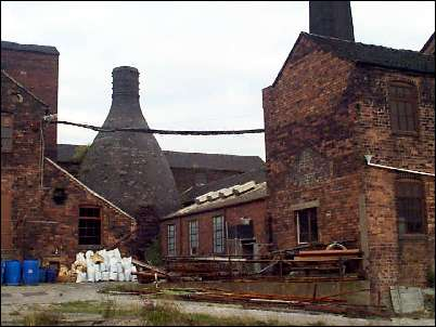 Bottle kiln at Burgess and Leigh