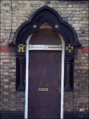 house door statue
