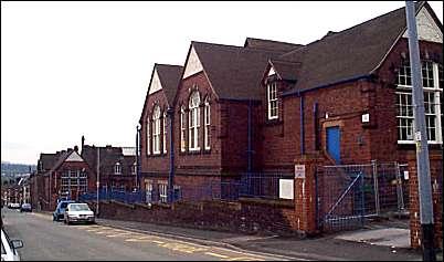 Listed Buildings In Stoke On Trent 10033a St Luke S