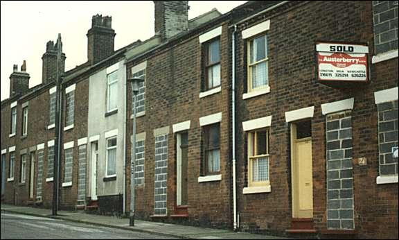 Herbert street fenton stoke on trent for Whats a terraced house