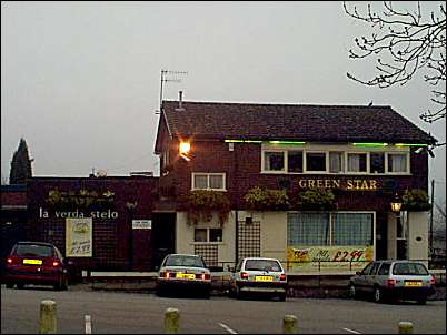 Green Star Public House in 2001