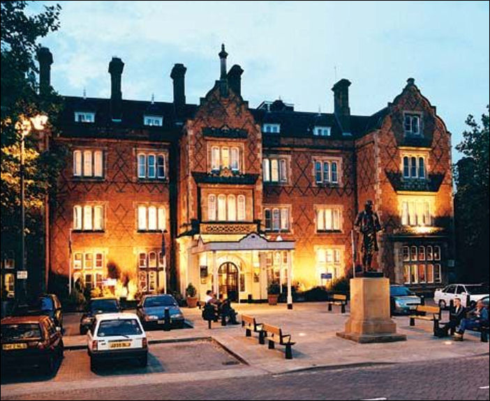 North Stafford Hotel In Front Is The Statue Of Josiah Wedgwood I