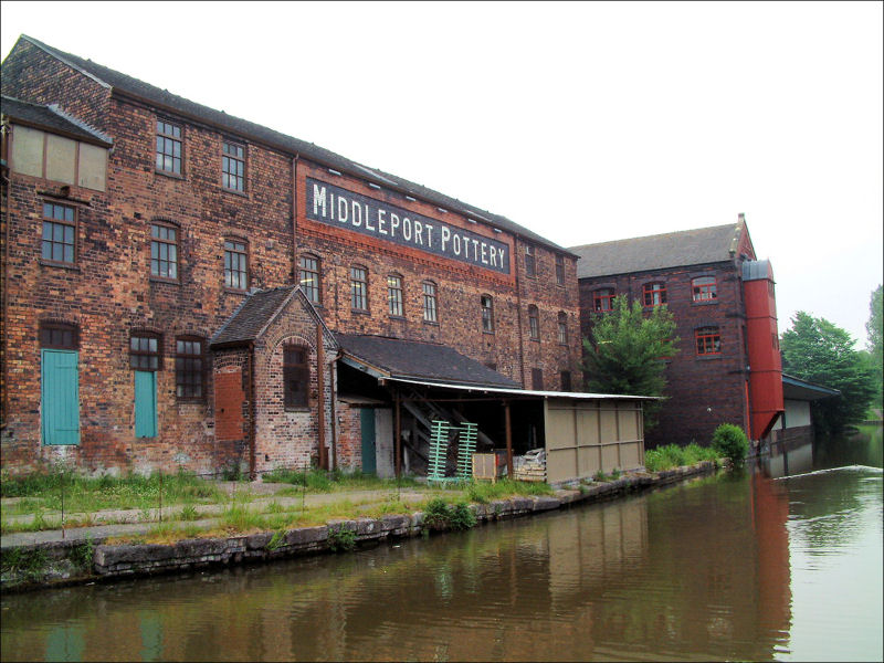 Middleport factory alongside the Trent and Mersey Canal